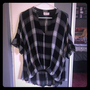 Universal Thread black and white plaid blouse